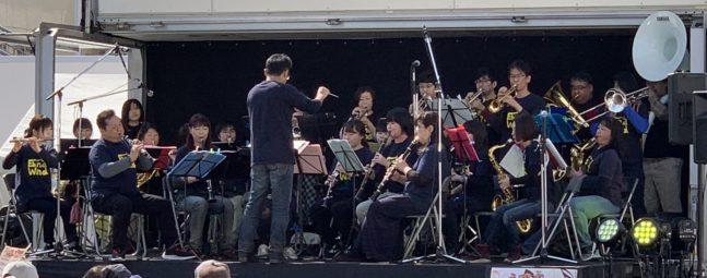 【海老名扇町駅前音楽祭】に出演(2019/03/17).